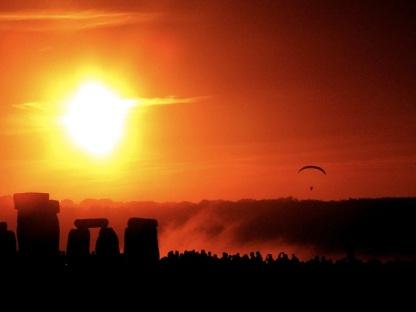 solstice-at-stonehenge